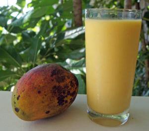 Photo of a Banana Mango Smoothie