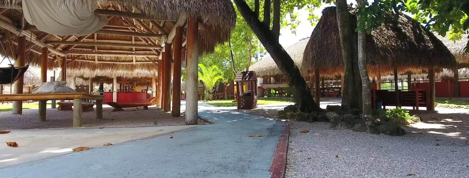 Photo of Miccosukee Indian Village in Miami Florida